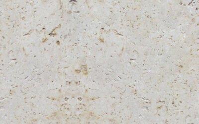 Le travertin, une pierre du sud idéale pour votre décoration d'intérieur et vos aménagements extérieurs.